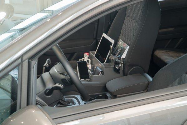 orsibox aufbewahrungsbox in grau f r beifahrer und r cksitze ordnung am autositz. Black Bedroom Furniture Sets. Home Design Ideas